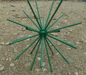 finfarmattractor1-300×259.png